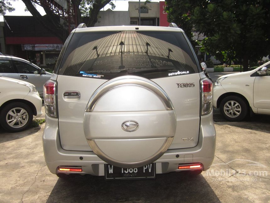 Jual Mobil Daihatsu Terios 2012 TX 1.5 di Jawa Timur ...