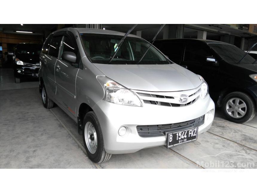 2013 Daihatsu Xenia D MPV