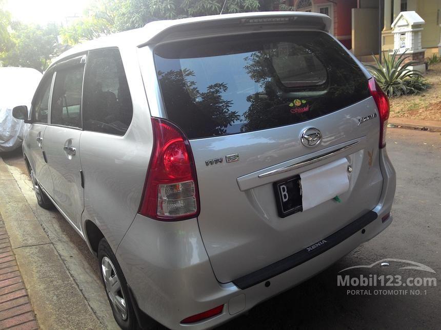 2013 Daihatsu Xenia D PLUS MPV