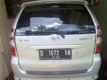 2010 Daihatsu Xenia 989 Li DELUXE+ MPV