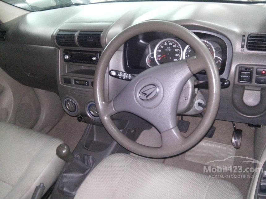 2009 Daihatsu Xenia Li DELUXE+ MPV