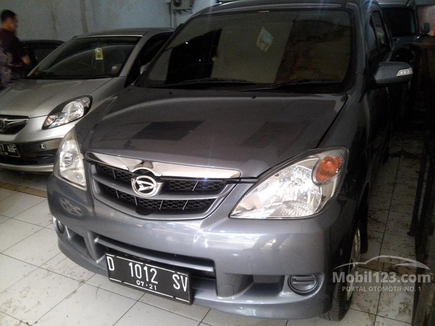 2011 Daihatsu Xenia Li DELUXE+ MPV