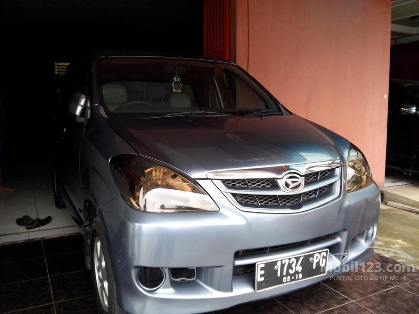 2009 Daihatsu Xenia Li DELUXE MPV