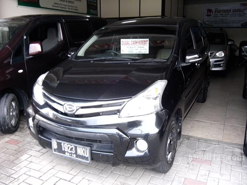 2013 Daihatsu Xenia M MPV