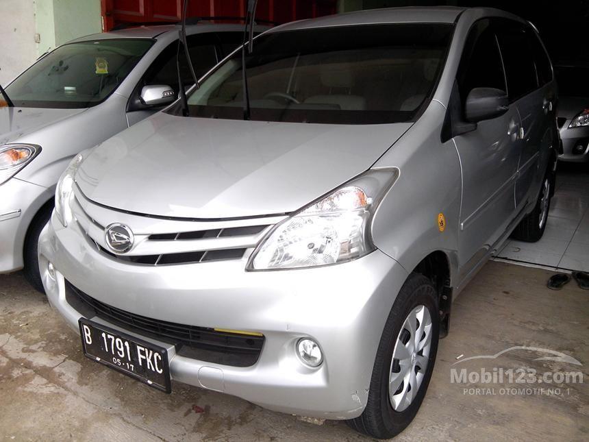 2012 Daihatsu Xenia M MPV