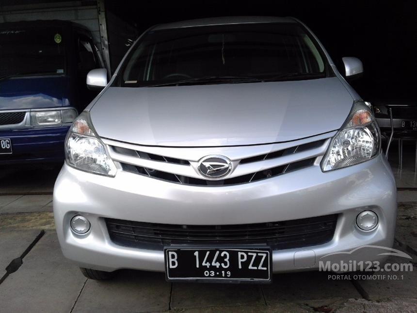 2014 Daihatsu Xenia M STD MPV