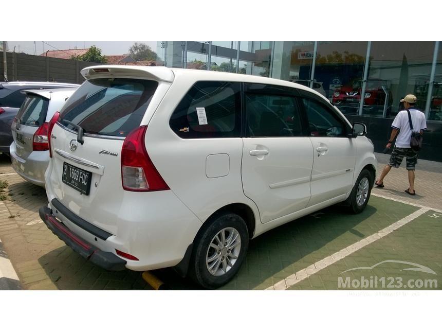 2014 Daihatsu Xenia R DLX MPV