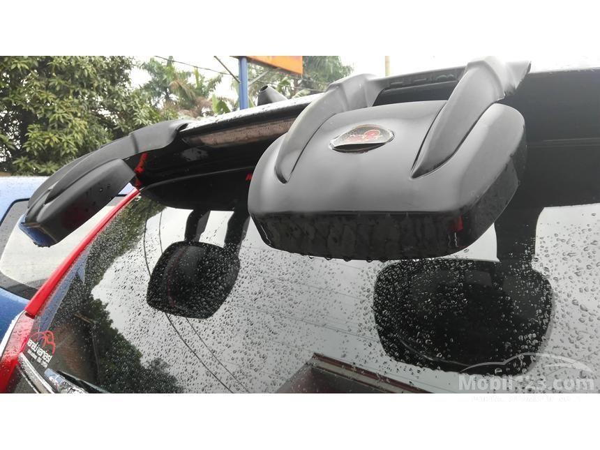 2014 Daihatsu Xenia R STD MPV