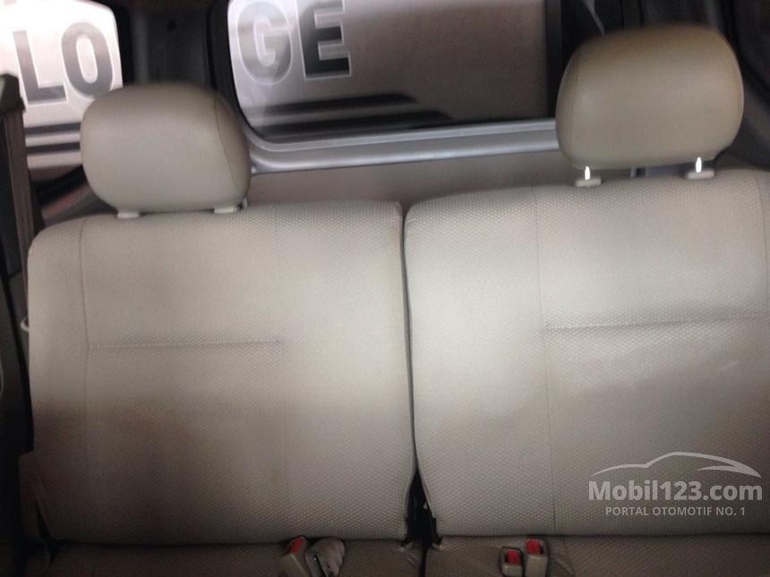 2012 Daihatsu Xenia X MPV