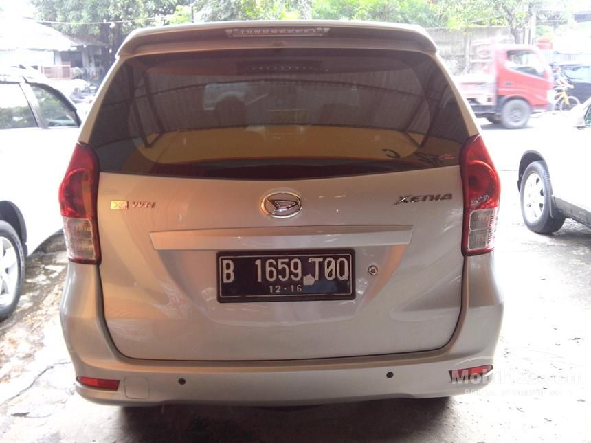 2011 Daihatsu Xenia X MPV