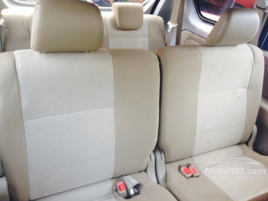 2013 Daihatsu Xenia X MPV