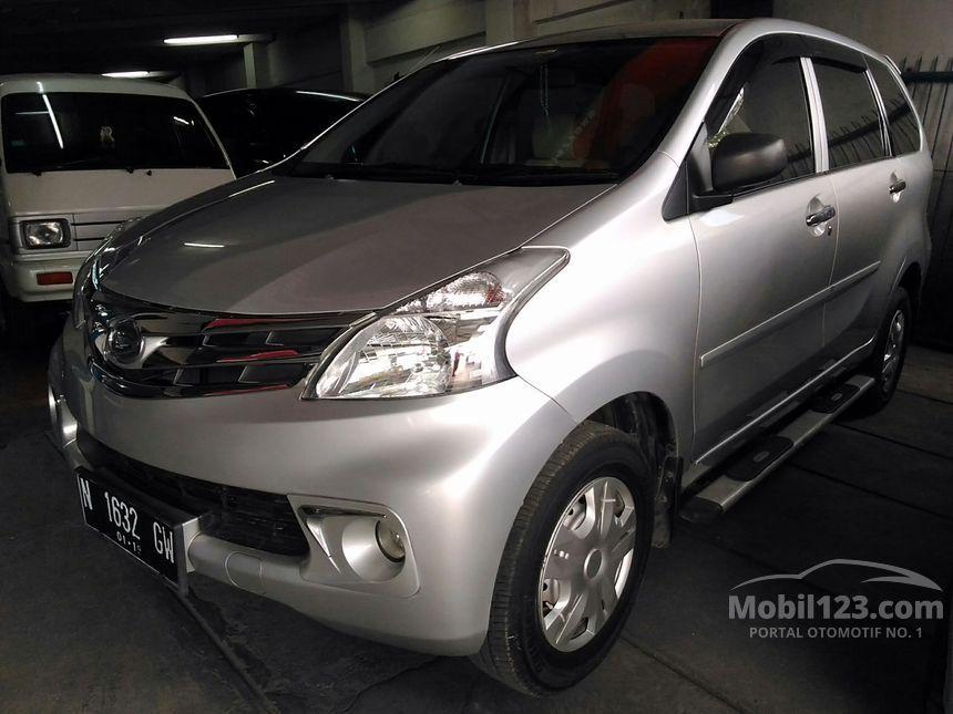 Jual Mobil Daihatsu Xenia 2014 X STD 1.3 di Jawa Timur ...