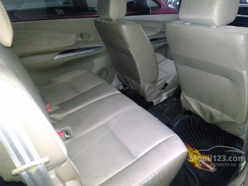 2014 Daihatsu Xenia X STD MPV