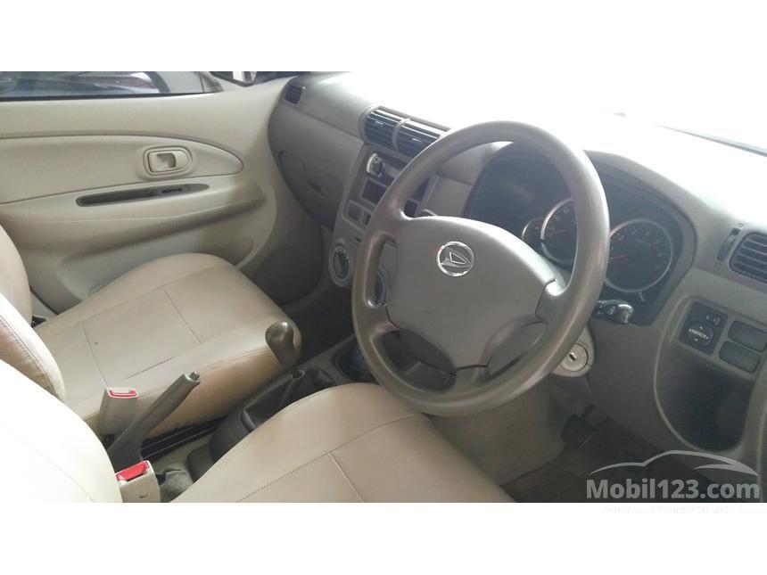 2009 Daihatsu Xenia Xi DELUXE+ MPV