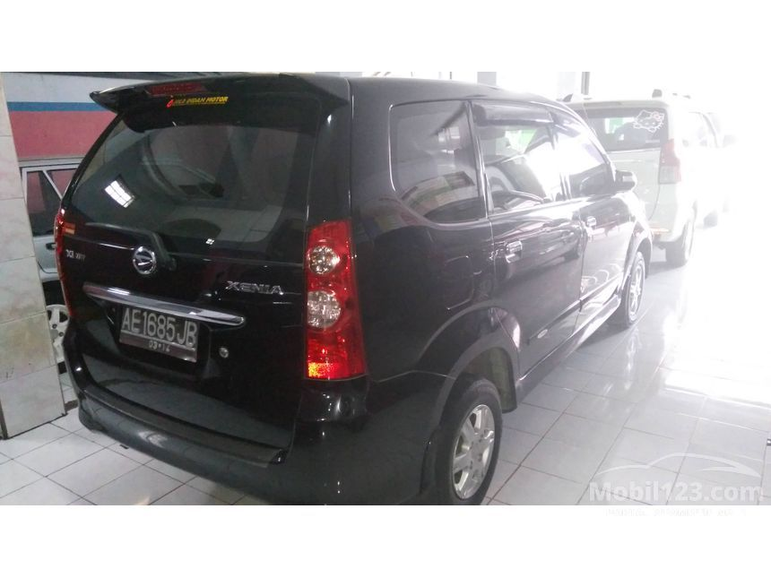 2009 Daihatsu Xenia Xi FAMILY MPV
