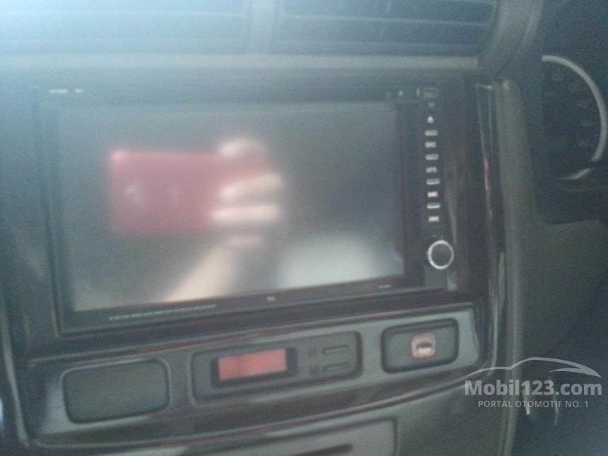 2009 Daihatsu Xenia Xi MPV