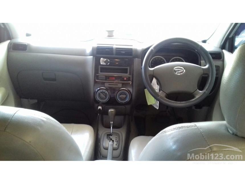 2010 Daihatsu Xenia Xi MPV