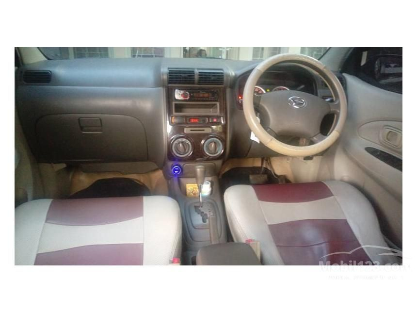 2010 Daihatsu Xenia Xi STD MPV