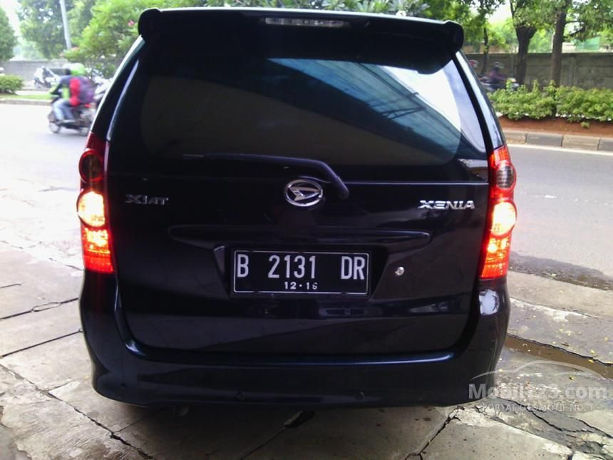 2011 Daihatsu Xenia Xi STD MPV
