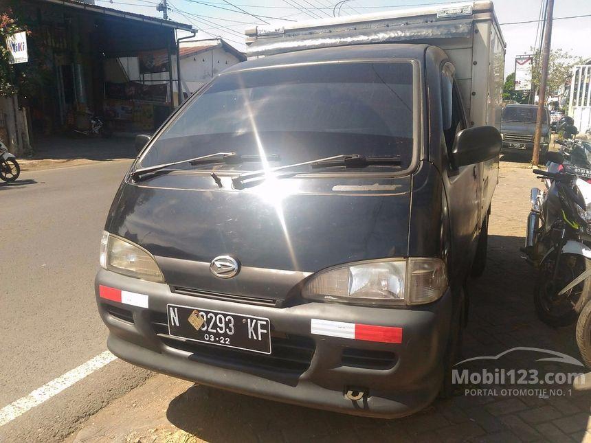 Jual Mobil Daihatsu Zebra 2006 1.3 di Jawa Timur Manual ...