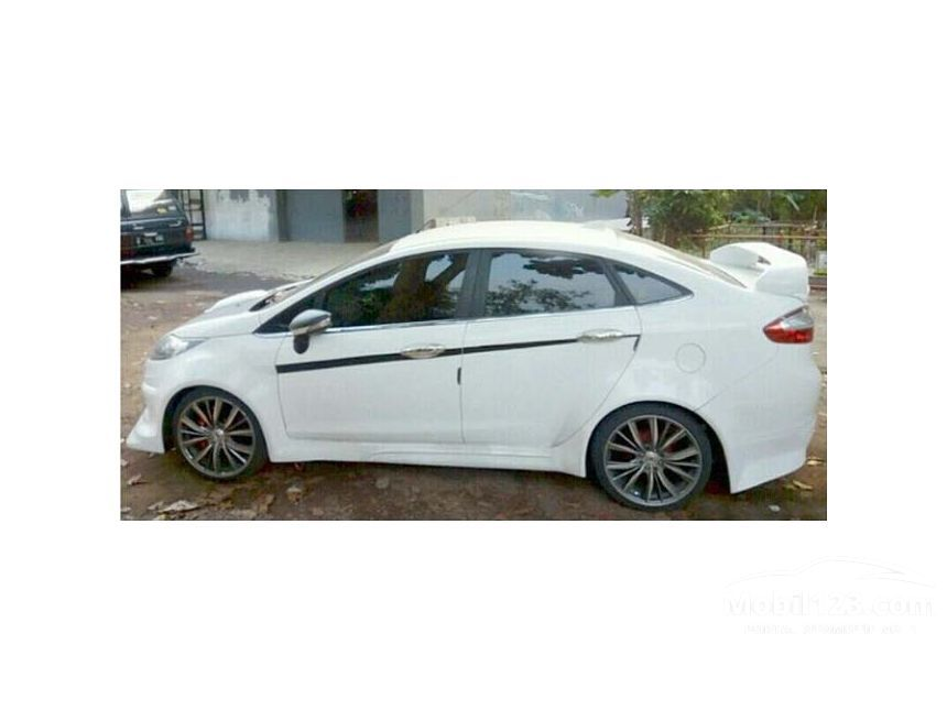 ford fiesta bekas manual with 3649596 on Ford fiesta s in 2105781 as well Img5 besides 3670786 further 2709674 besides 1850334.