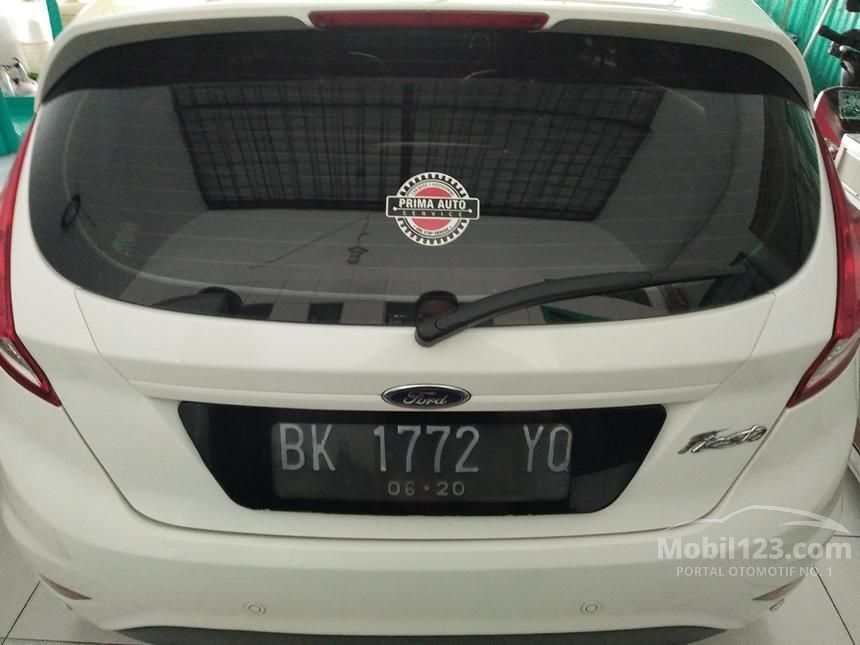 2014 Ford Fiesta Style Hatchback
