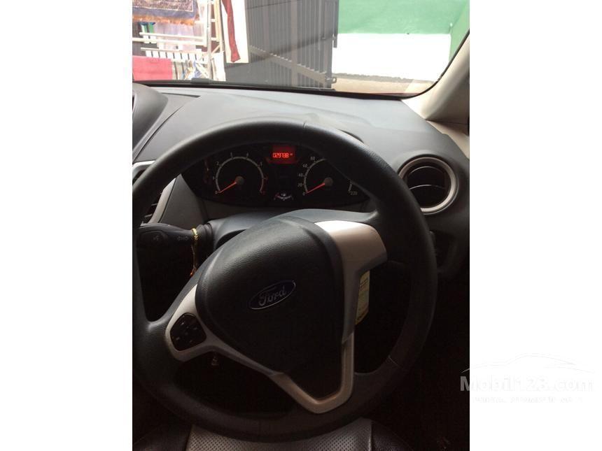2012 Ford Fiesta Trend Hatchback