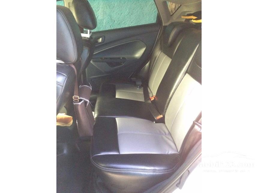 2011 Ford Fiesta Trend Hatchback