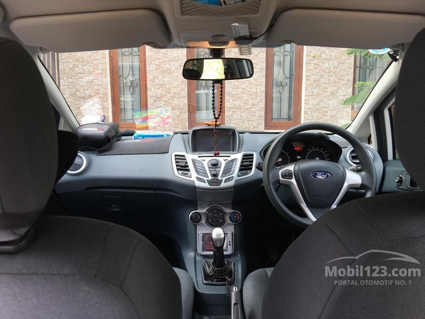 2012 Ford Fiesta Trend Sedan