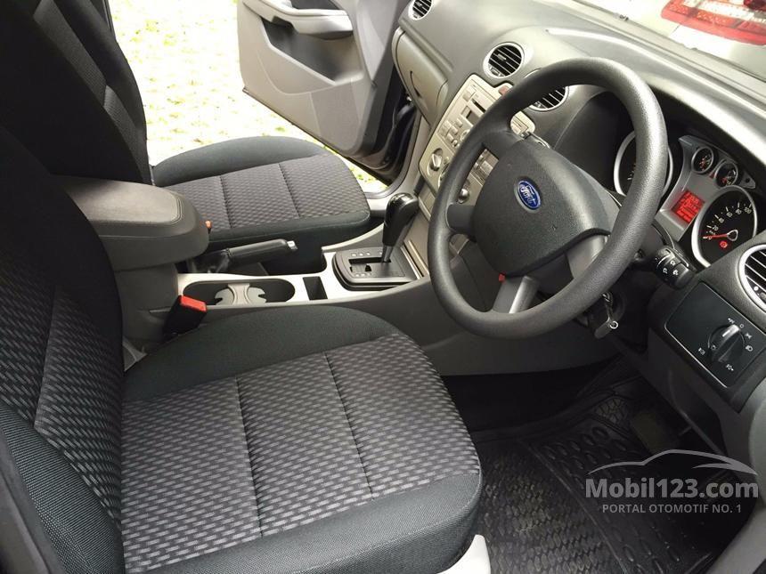 2010 Ford Focus S Hatchback