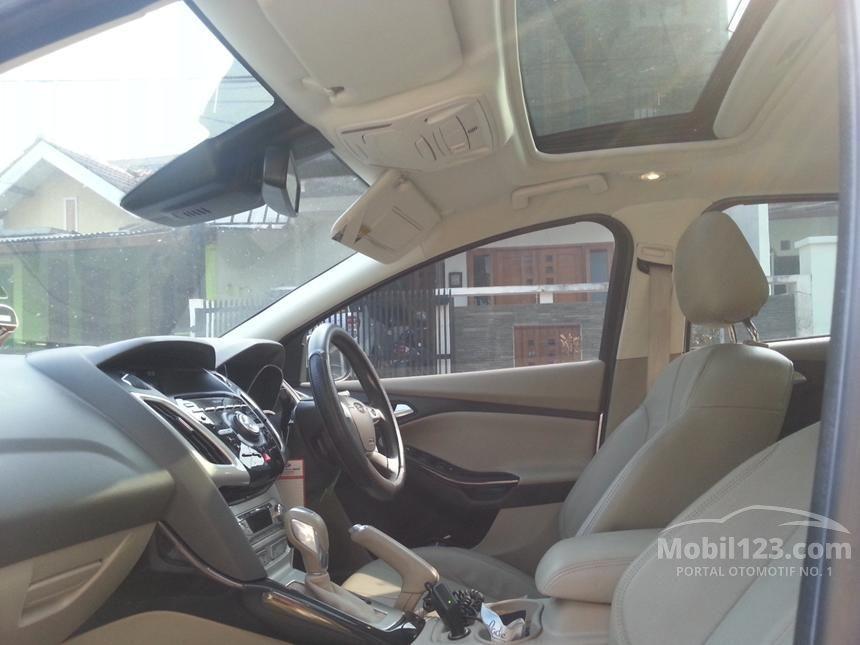 2013 Ford Focus Titanium Sedan