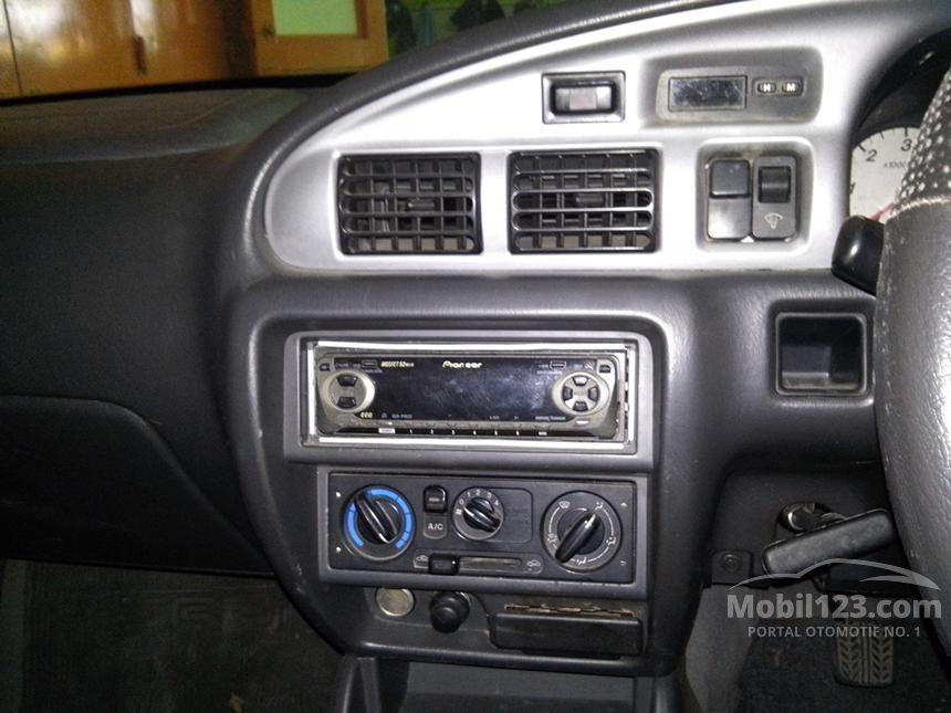 2005 Ford Ranger XL Pick-up