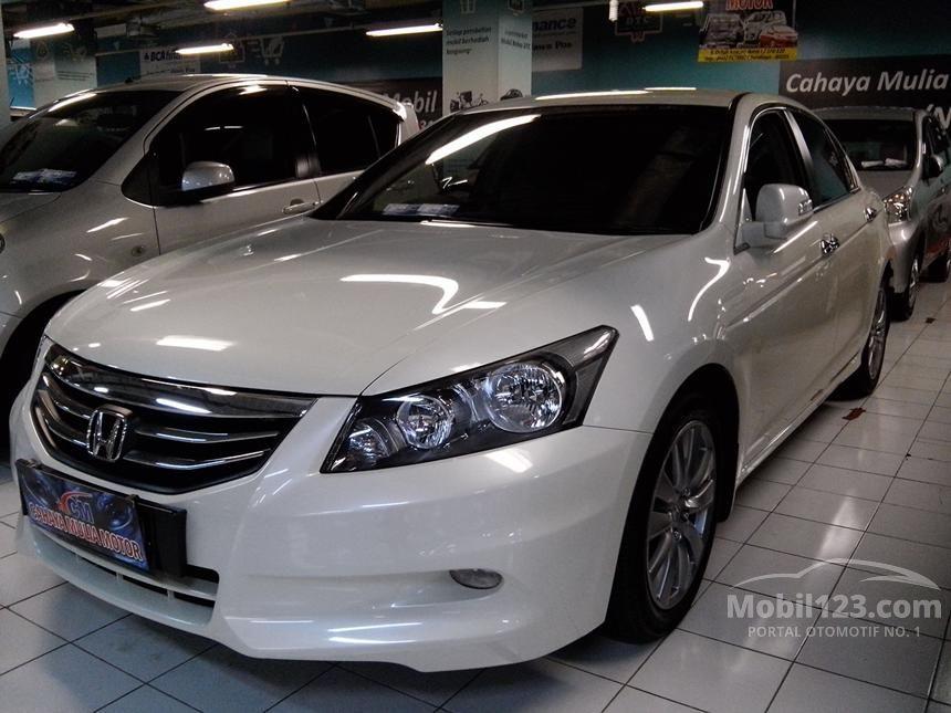 2012 Honda Accord VTi-L Sedan