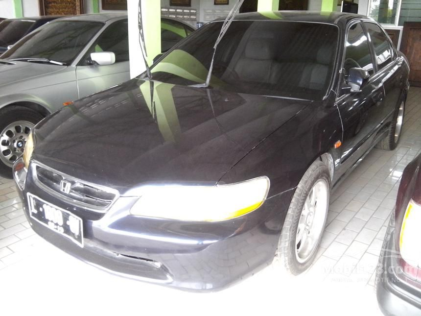 2000 Honda Accord VTi-Limited Sedan