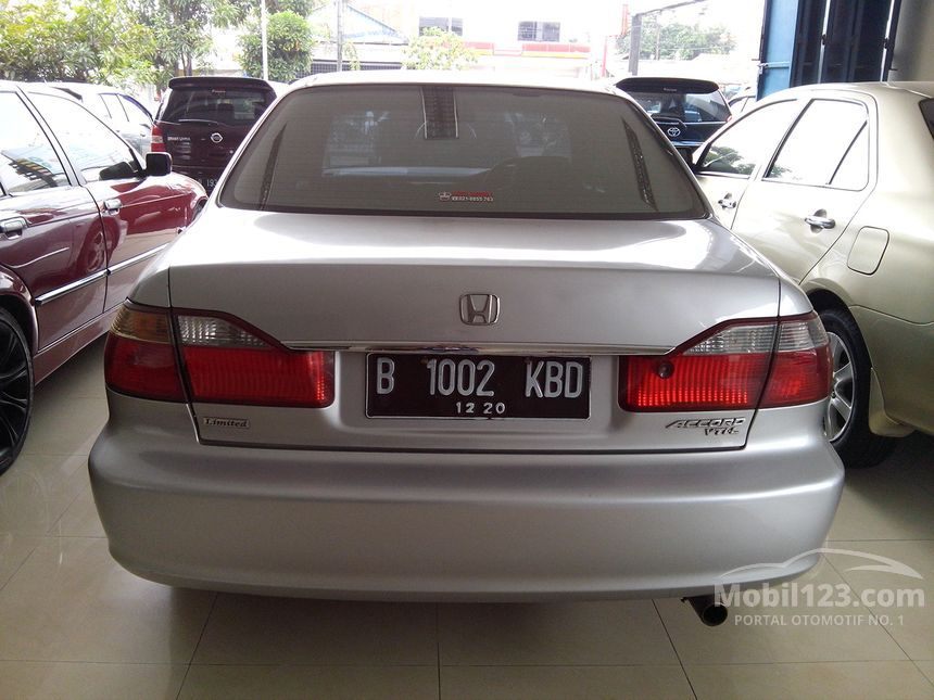 2003 Honda Accord VTi-Limited Sedan