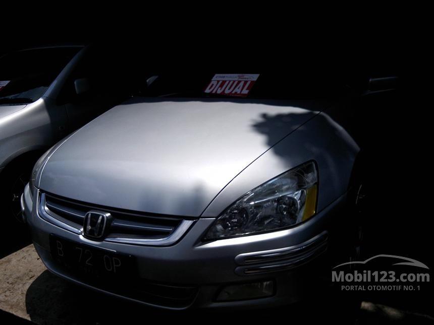 2004 Honda Accord VTi Sedan