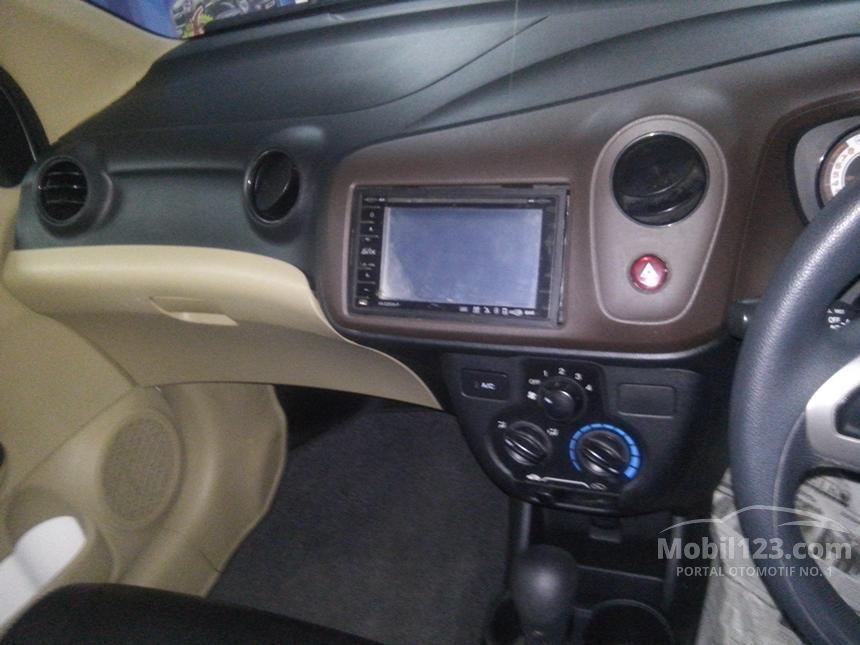 2012 Honda Brio Compact Car City Car