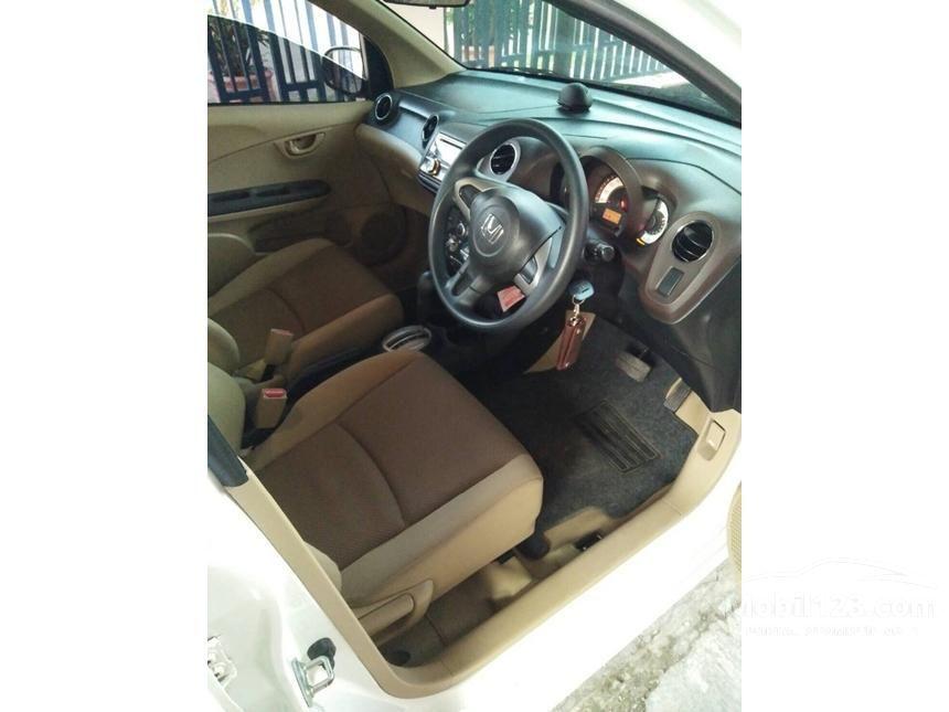 2013 Honda Brio E Hatchback