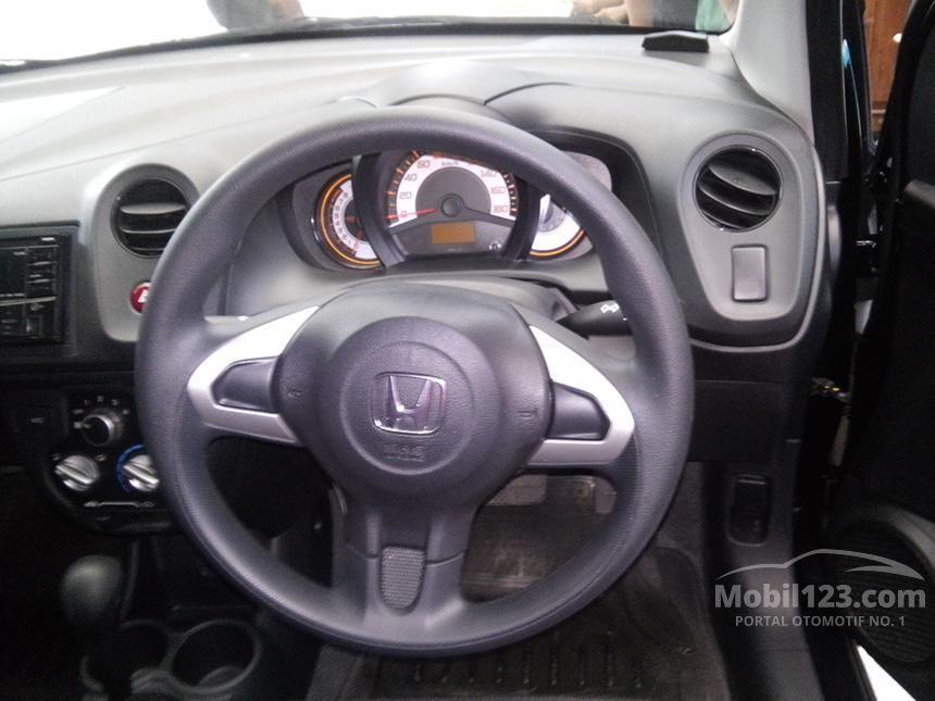 2015 Honda Brio S Hatchback