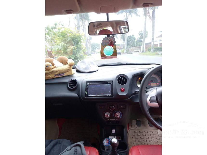 Jual Mobil Honda Brio 2014 Satya E 1.2 di Jawa Timur ...