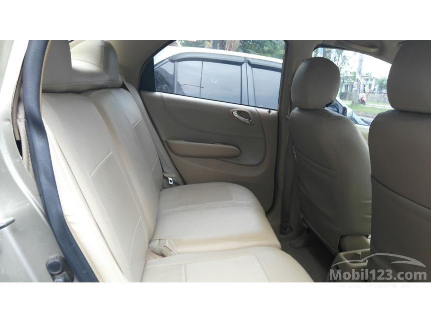 2004 Honda City VTEC Sedan