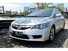 Honda Civic 1.8 2010 AT Silver sporty , KM rendah , sangat terawat , good condition