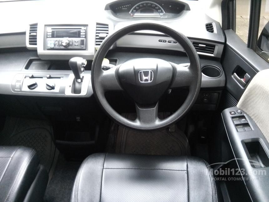 2012 Honda Freed 1.5 MPV