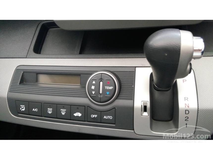 2012 Honda Freed 1.5 MPV