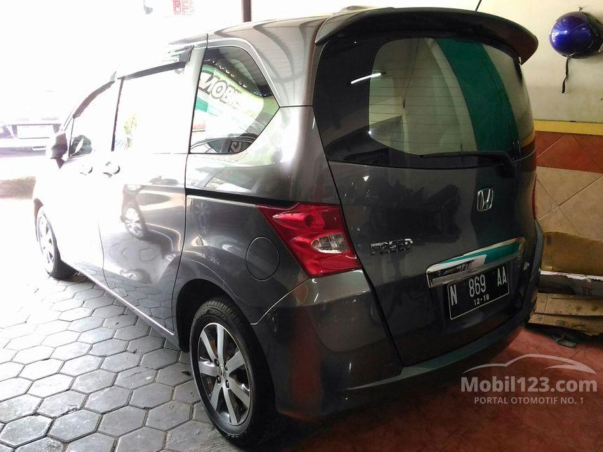 Jual Mobil Honda Freed 2010 1.5 1.5 di Jawa Timur ...