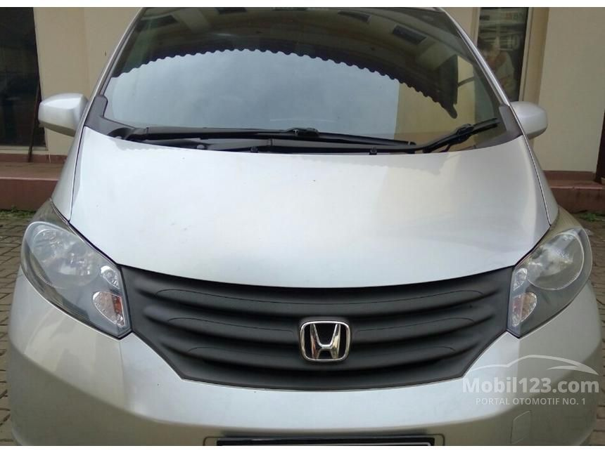 2009 Honda Freed 1.5 MPV