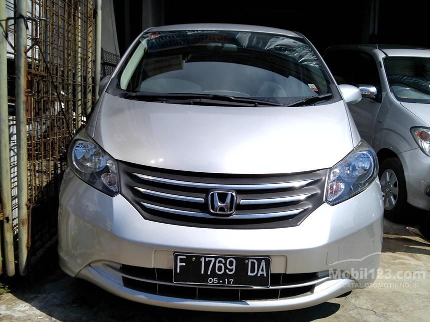 2010 Honda Freed 1.5 MPV