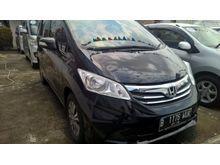 Jual Honda Freed SD AT 2013 Hitam Istimewa