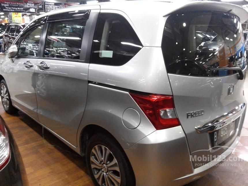 2013 Honda Freed MPV Minivans