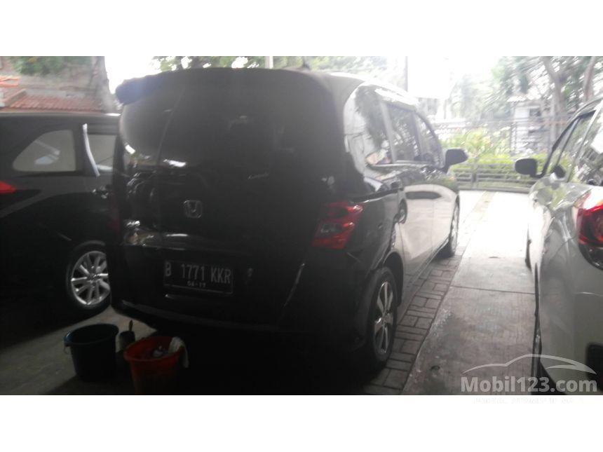 2012 Honda Freed S MPV